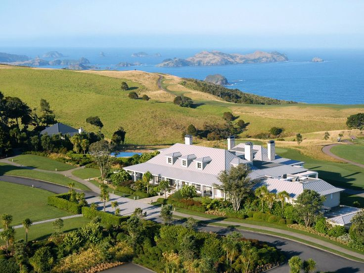 Find solace at the Lodge at Kauri Cliffs, a private retreat located on 6,000 acres of New Zealand countryside.