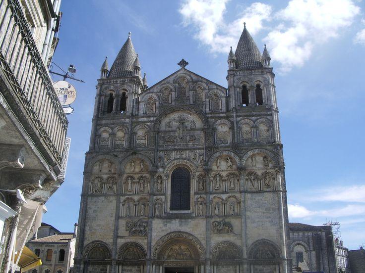 cathédrale Saint Pierre, Angoûlème, charente, France.