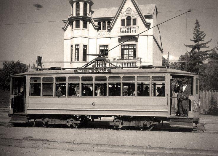 Reposición de vías en Plaza Italia-Baquedano, diciembre 1927. (Continuación de la entrada anterior ) Aquí presentaré una peque...