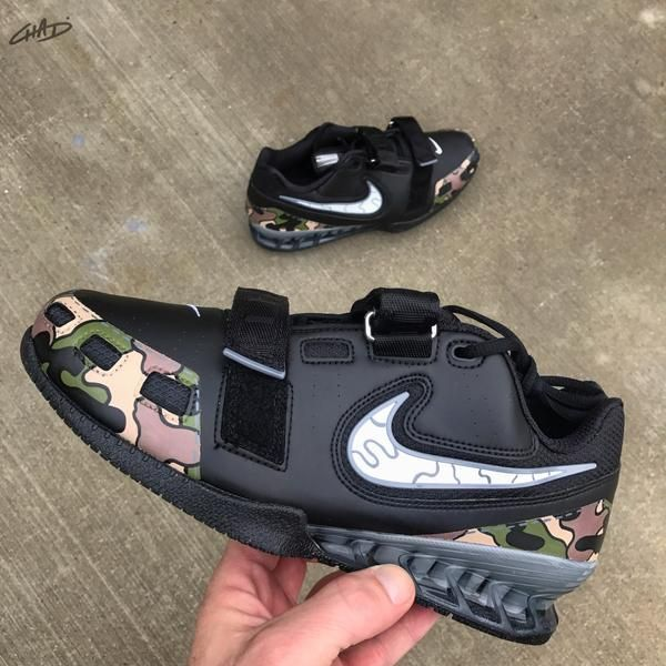 Custom Camo Hand painted Nike Romaleos olympic weightlifting crossfit  – chadcantcolorcustoms