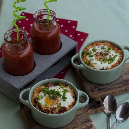 Jajka zapiekane w kaszy jaglanej