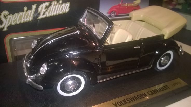 maisto 1:18 volkswagen open top convertable 1951 with ovp