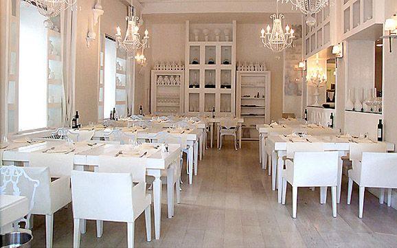 Tuna Restaurant Interior Simple Design inRome