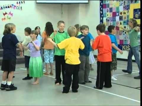 5. Good Morning.mov - YouTube ( repeat modulates  UP each time to get the kids ready for singing )  concentric circles are FUN!