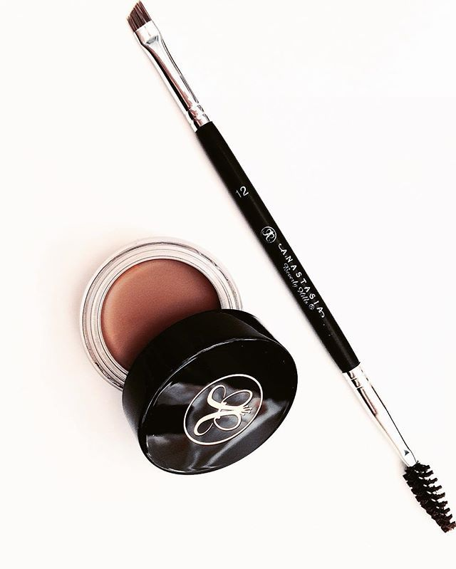 Anastasia beverly hills dip brow pomade in blonde number 12 brow brush