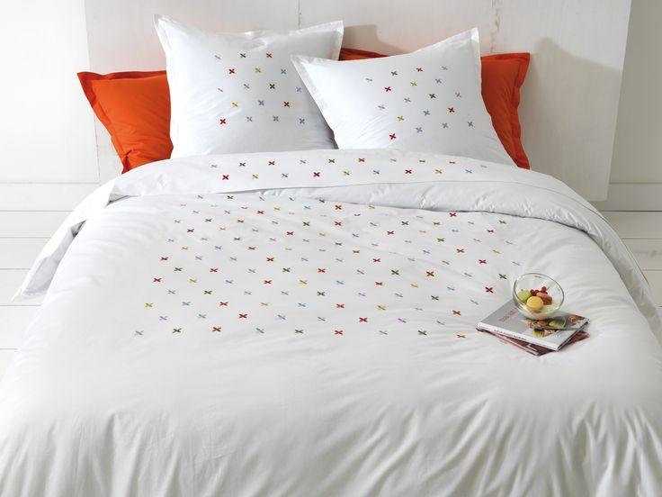Les 30 meilleures images du tableau linge de lit brod sur for Housses de couette blanche