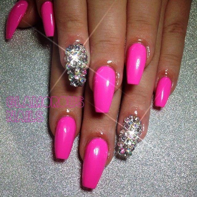 hot pink nailz and bling nail
