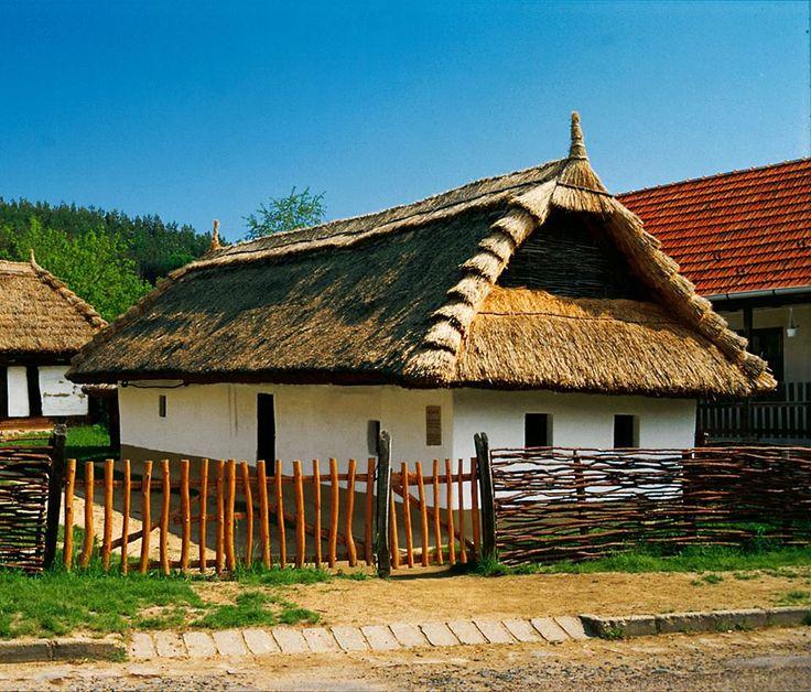Palóc kontyos parasztház - Parád- Északi-középhegység - Hungary