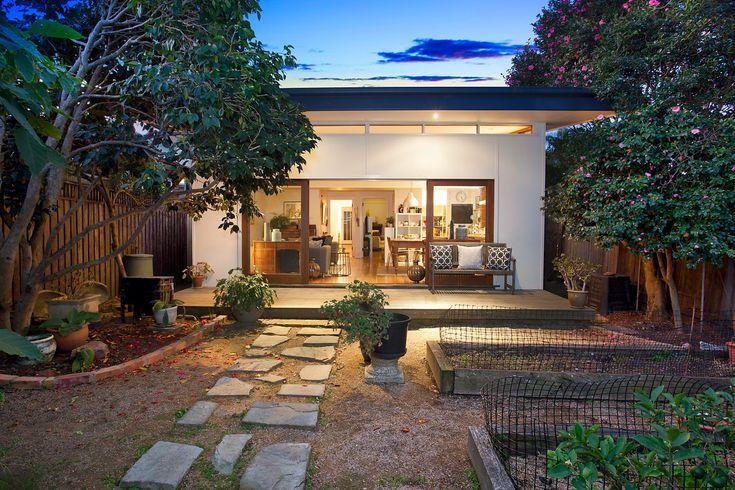 Character family home, level garden, wide timber deck, alfresco entertaining, veggie garden, Pilcher Residential