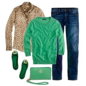 С чем носить зеленые балетки: синие джинсы, зеленый свитер или леопардовая блузка