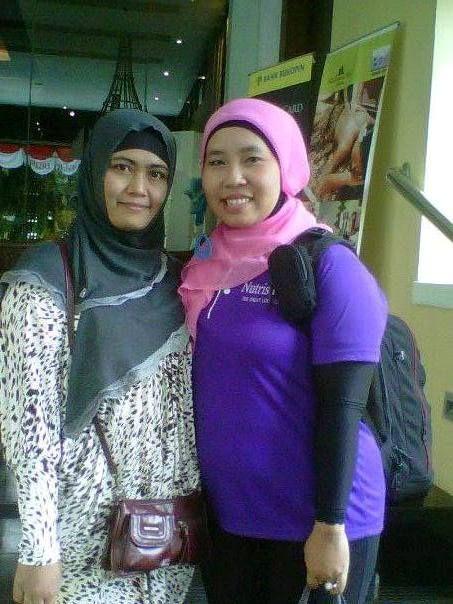 Foto bareng bersama salah satu pemenang wellbeing club asal Padang.