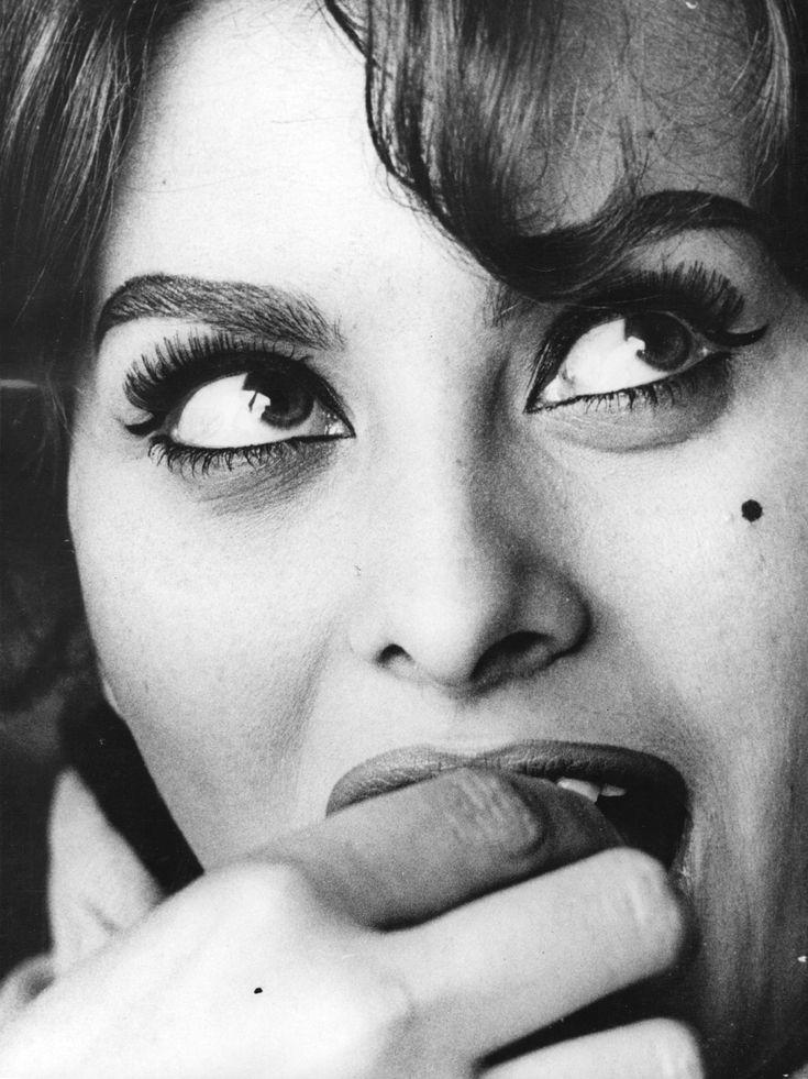 Sophia Loren    Live a luscious life with LUSCIOUS: www.myLusciousLife.com