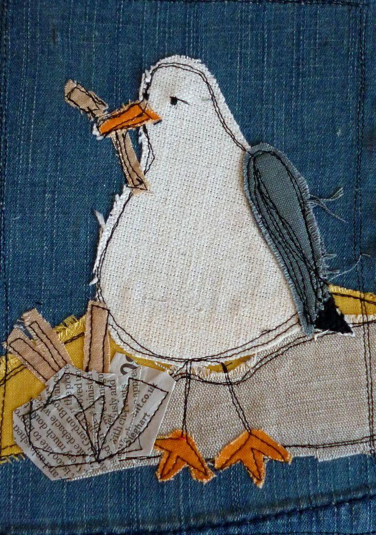 Chubby gull by Loopy Linnet