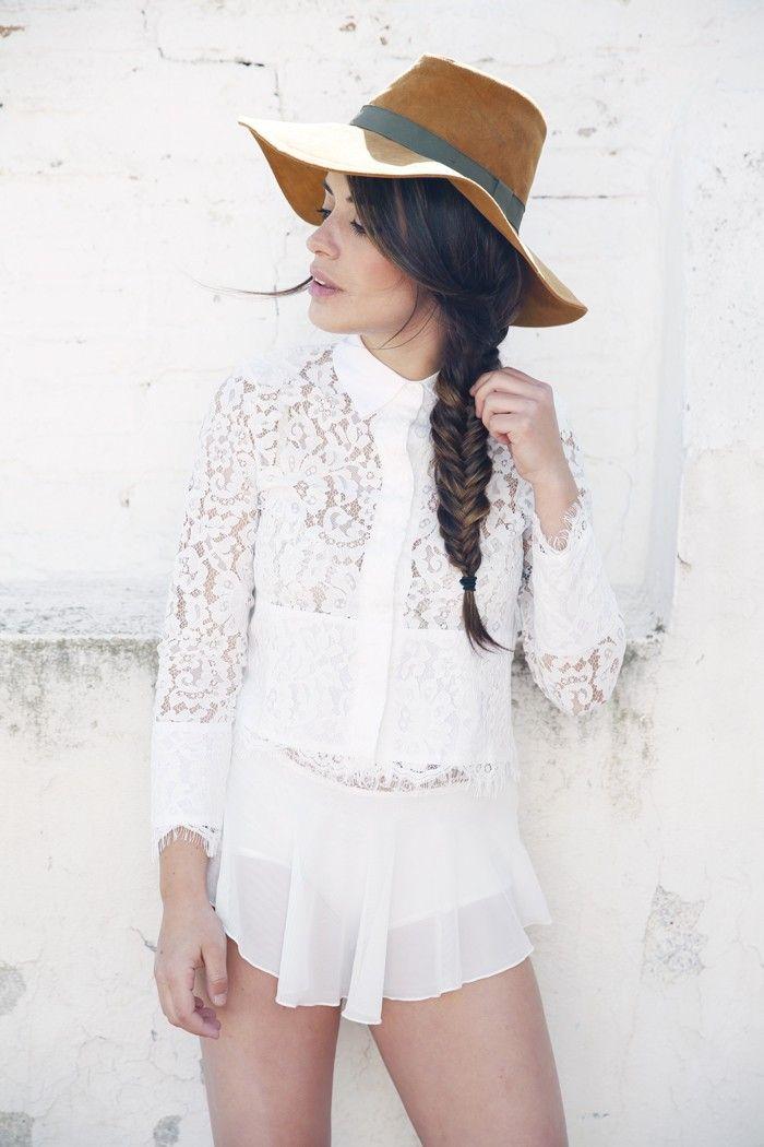 www.wannia.com #dulceida #springoutfit #Sheinside #Zara #fashioninspiration #fashionblogger #fashiontrends #bestfashionbloggers #bestfashiontrends #bestdailyoutfits #streetstylewannia #fashionloverswebsite #followothersfashion #wannia