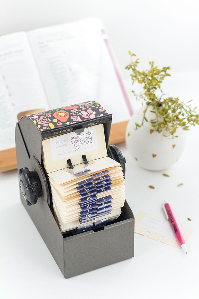 DIY Upcycled Rolodex Recipe Card Organization System