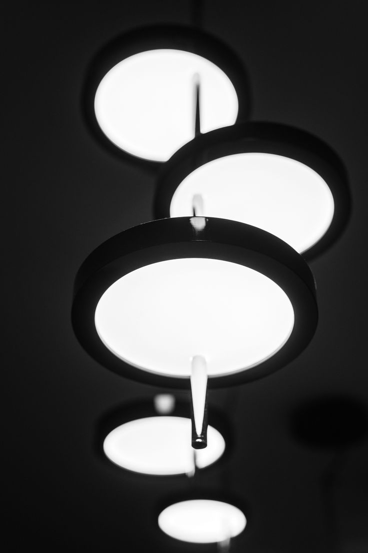 Gdanski Teatr Szekspirowski, greenroom interior design by Marta Koniczuk, Marset Nenufar lamp detail