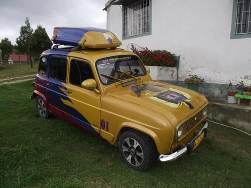 17 best images about renault 4 on pinterest cars 4x4 and great coffee. Black Bedroom Furniture Sets. Home Design Ideas