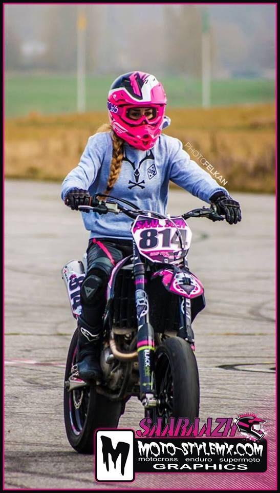 Crazy cool-looking graphix kit for all the biker girls. #moto-stylemx #motostylemx #motocross #motorbike #bikers #supermoto