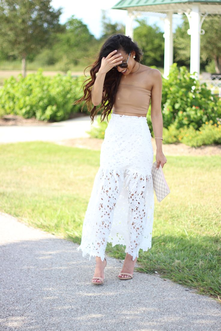 How to Style a Statement Skirt