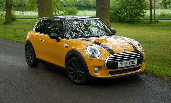 Cute Mini. With a yellow main color, with black bonnet stripes