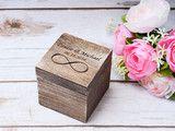 Ringschatulle Hochzeit Ring Box Kasten ehering box  Sie würden die Box gern personalisieren lassen ? Handgraviert mit eigenen Initialen und Hochzeitsdatum (auf einem kleinen Herz aus Holz)  Das...
