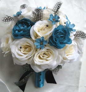 An idea for the bouqet im making lol: Real Roses, Silk Turquoi, Showers Idea, Turquoi Flower, Turquoise Flower, Flower Idea, Chapelw Idea, Silk Bouquets, Chapel Weddings Idea