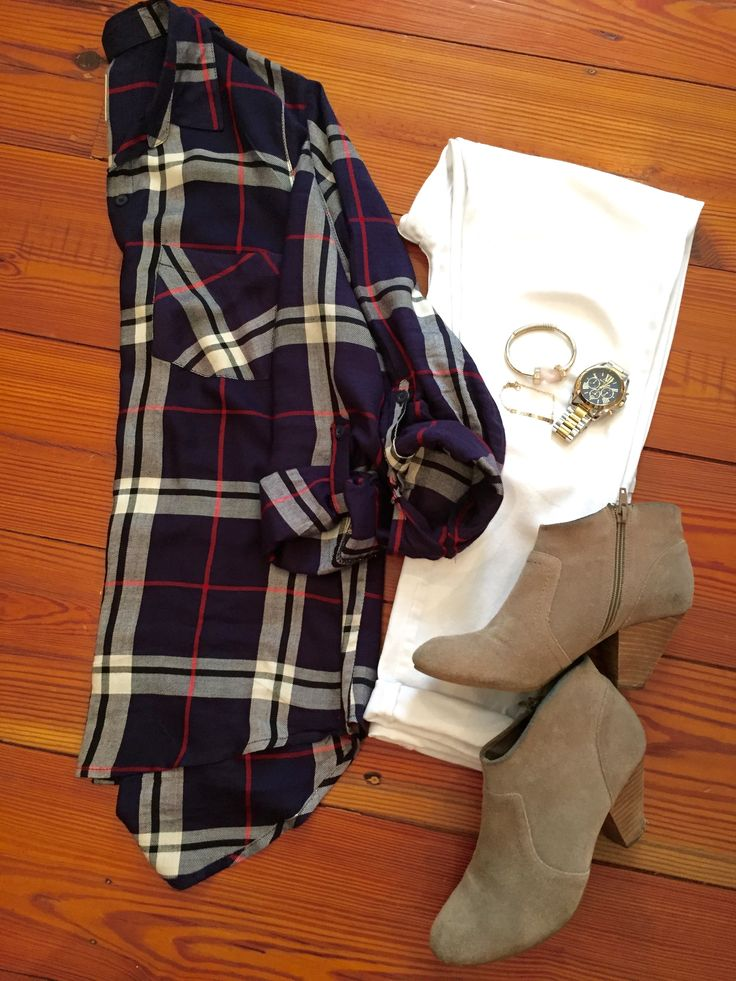 Casual outfit for fall - white jeans with navy plaid and ankle boots