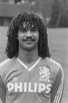 Ruud Gullit (Amsterdam, 1 september 1962), officiële naam Rudi Dil