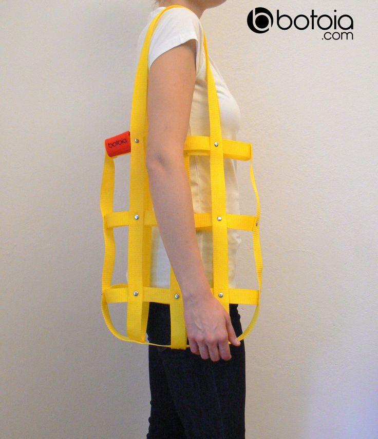 yellow hand bag with rivets www.botoia.com