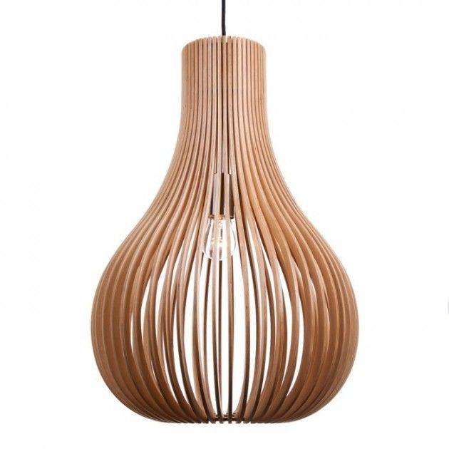 Mindor 38 er en håndlaget trelampe av bjørk og lind av høy kvalitet. Trelampe fra Straale®.