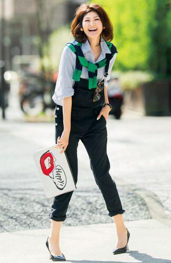 Fashion collection[ファッションコレクション]|ミルブロウズ 大人モードに着こなす 麻混ストレッチ素材のブラックサロペットパンツ|フェリシモ