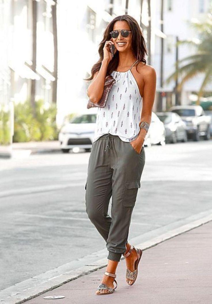 51 Modische und moderne Outfit-Idee für Frauen die Sie lieben werden
