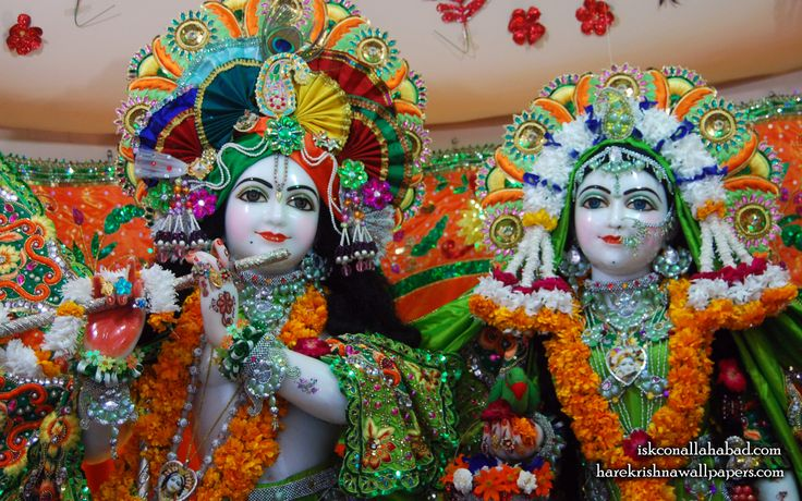 To view Sri Radha Venimadhav Close up wallpapers of ISKCON Allahabad in difference sizes visit - http://harekrishnawallpapers.com/sri-sri-radha-venimadhava-close-up-iskcon-allahabad-wallpaper-003/