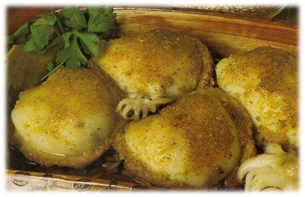 Le seppie ripiene al forno sono un secondo piatto gustoso, economico, veloce, delicato e facilissimo da preparare.