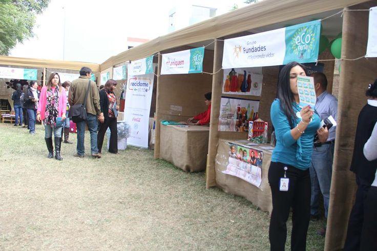 Lo distintos estantes de la Eco Feria en donde nos asesoraban sobre el cuidado del   medio ambiente.