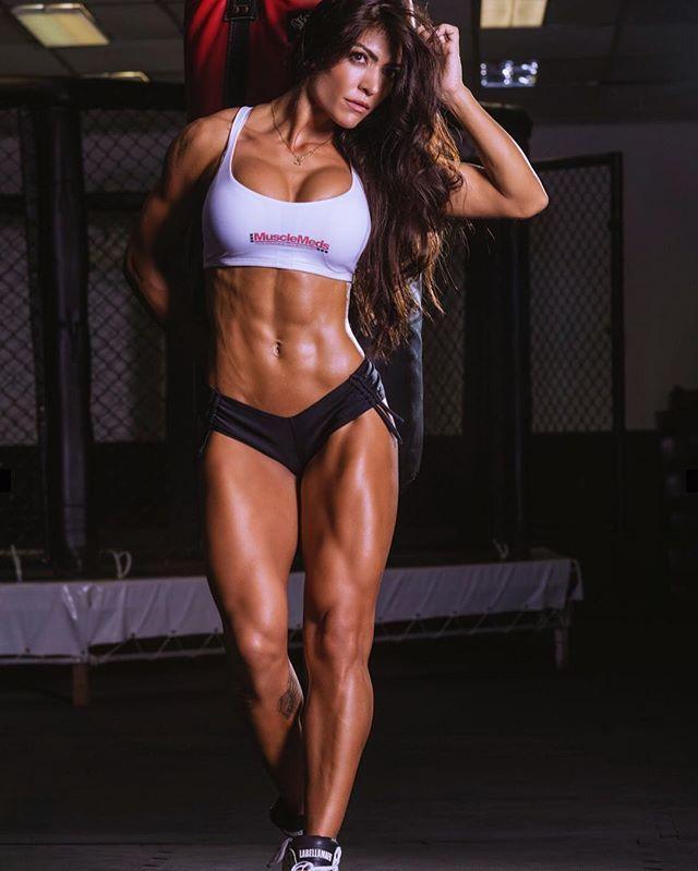 Muri Rodrigues - DAMN! DAMN! DAMN! Definition of definition! Fitness Motivation/Inspiration!