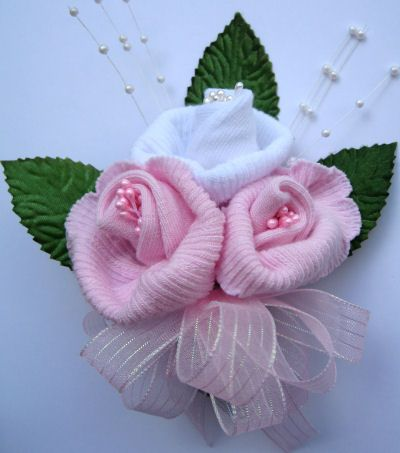 Idéias inovadoras para decorar seu Chá de fraldas que acredite... podem ser feitas por você mesma!Vamos copiar?     Sapatinhos feitos com...