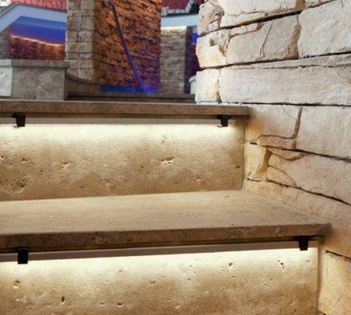 LED-Leuchtleiste für Treppen.... Idee für Treppengestaltung Terrasse (oder doch lieber Spots in die Seitenwände arbeiten?)