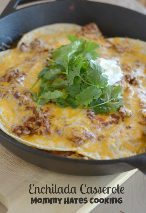 Enchilada Casserole Recipe: here's a filling dinner recipe to make for the family tonight!! Easy to make in only one pan!