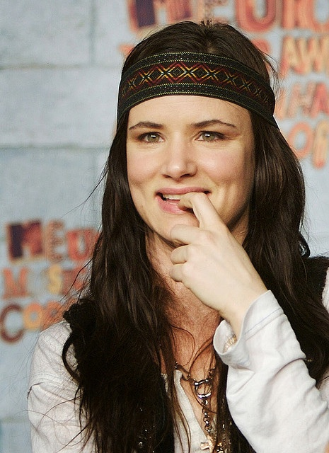 juliette lewis  I love her, her music is even better than her movies!!