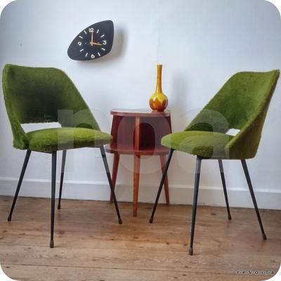 Paire de chaises tonneau vertes