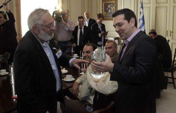 """""""Τσίπρο"""" για τον... Τσίπρα! Το πεσκέσι του Μπούτα στον πρωθυπουργό - Πολιτική - Ειδήσεις NewsIt.gr"""