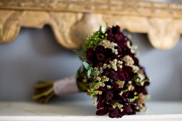 23 Wedding Bouquets Featuring Dramatic Chocolate Cosmos