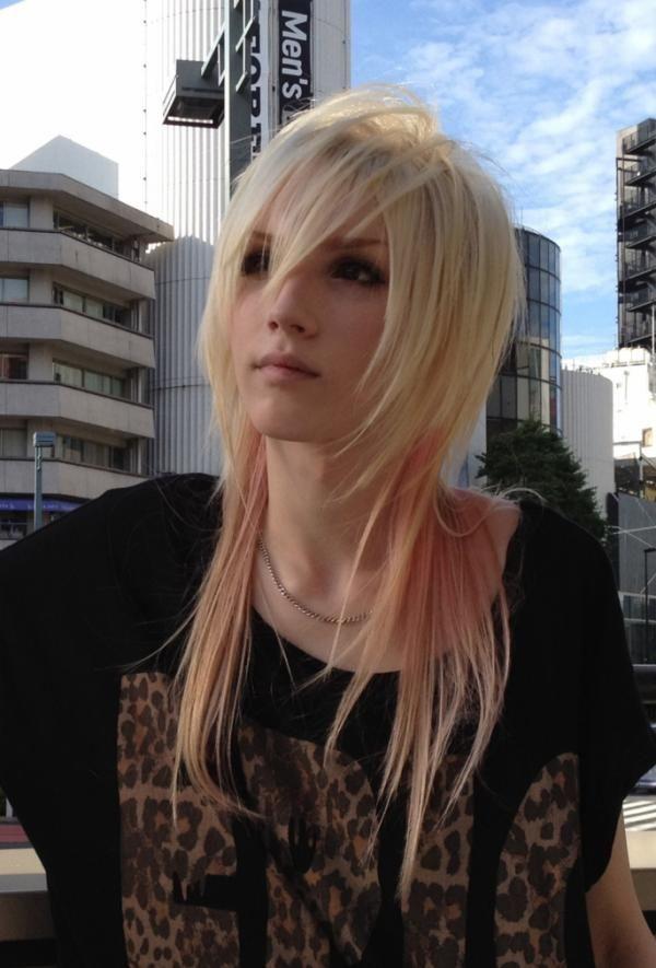 Yohio. Swedish boy singer who likes wearing girls clothes ...