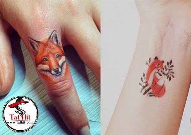 Tiny Fox Tattoos In 2020 Fox Tattoo Design Small Fox Tattoo Fox Tattoo Meaning