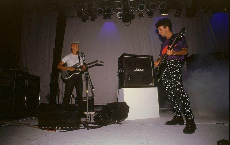 Soda Stereo presentando Dynamo en el Superdomo de Mar del Plata. Año 1993. En esta foto inédita se lo ve a Flavio Etcheto en segunda guitarra.
