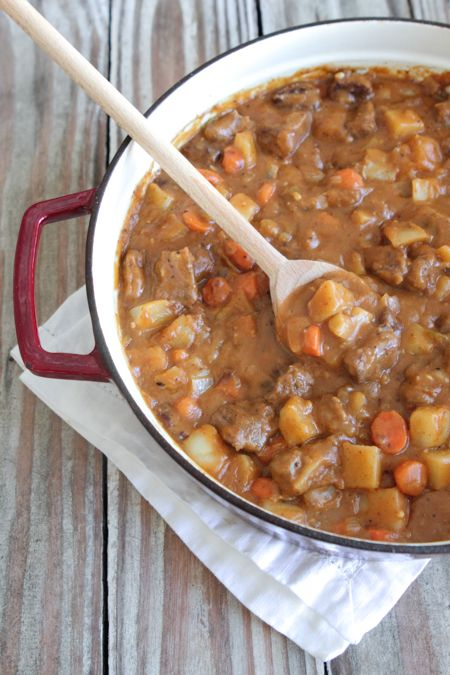 Mexican Style Beef Stew, perfect for winter months!  Warm and hearty.  #sponsored @oldelpaso