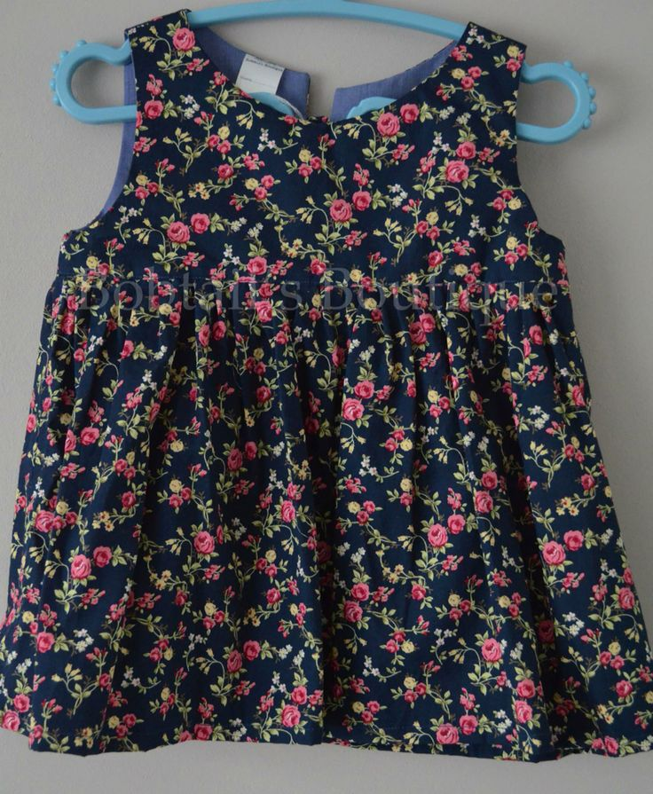 Tunic top tie close at back, size 5 years