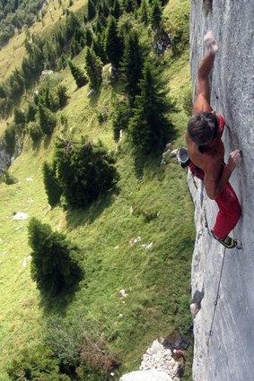 AWESOME Climber: Manolo (it) - La Sportiva Miura Vs