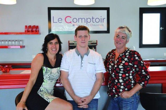 Tout a commencé par une simple discussion entre trois entrepreneurs. Depuis le 12 juin, le projet a pris corps avec le Comptoir. Ce nouvel espace, idéalement placé aux portes de Chauvigny, est un lieu de coworking. Comprenez par là, des bureaux partagés dans un esprit de collaboration et d'échanges.